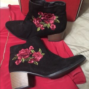 Black embroidered booties size 8